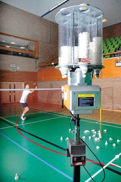 Badminton Shuttle Feeder Robot By Hotshot Sport